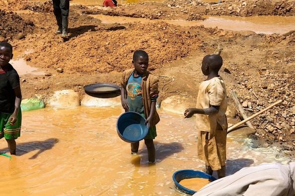 Congo-miniere-1132135354(2)