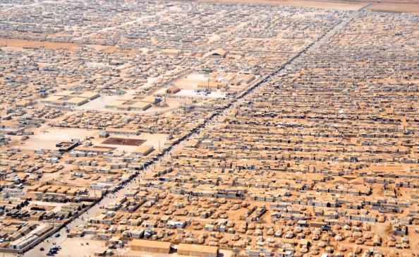 I profughi siriani assistiti dall'ONU nei paesi vicini sono sistemati così. Quelli africani in Africa anche peggio